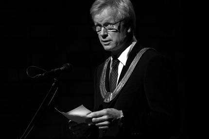 Rektor Eirik Birkeland ved Norges Musikkhøgskole ønsket velkommen
