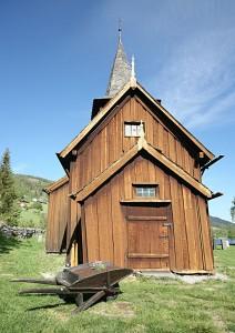 Hol gamle kyrkje