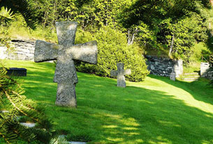 Steinkross ved Vereide kyrkje